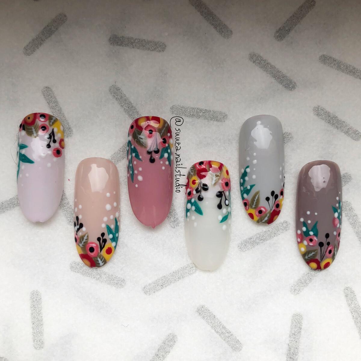 Botanica nail art