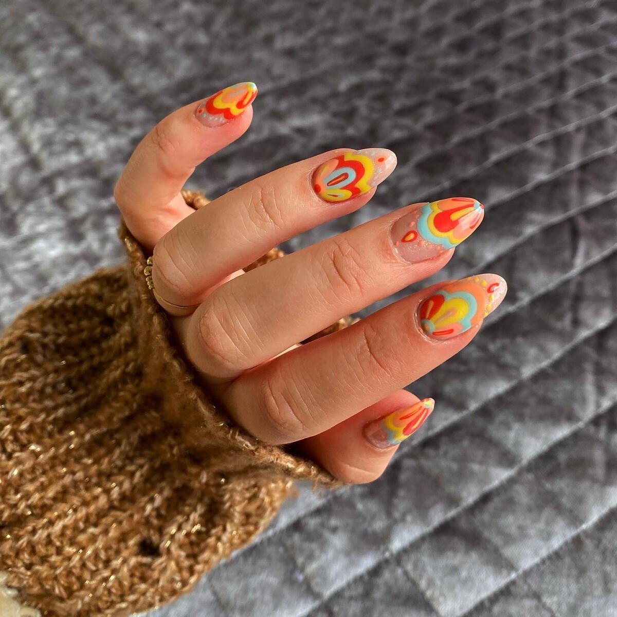 BIAB + nail art premium (mexican tile inspo)